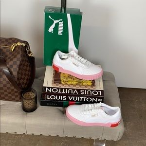 purchase cheap a5dfc 8faa9 Puma // ASOS Cali White & Pink Trainers • Sneakers NWT